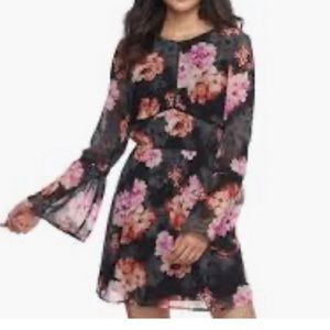 Speechless floral heel sleeve dress large
